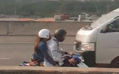 Video đôi nam nữ chạy xe máy ngược chiều trên cao tốc TP.HCM - Long Thành - Dầu Giây