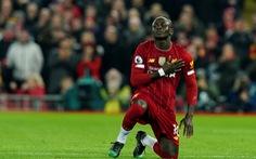 VAR 'tỏa sáng', Liverpool khuất phục 'khắc tinh của các ông lớn'