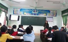 Hàng trăm giáo viên bị cắt hợp đồng do chờ xét đặc cách viên chức