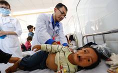 57 trẻ em bị ngộ độc sau khi dùng thức ăn từ thiện