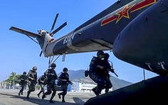 Quân đồn trú Trung Quốc ở Hong Kong diễn tập lớn trước năm mới