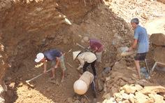 Doanh nghiệp lấy đi hàng tấn vàng, tỉnh phải chi 12 tỉ đồng đóng cửa mỏ