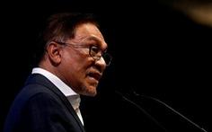 Người kế vị thủ tướng Malaysia bị cáo buộc tấn công tình dục đồng tính