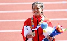 VĐV marathon Việt phải cấp cứu, thở oxy: huy chương của nghị lực và nước mắt
