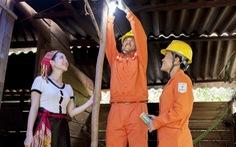 Điện lực miền Bắc Lắp đặt miễn phí bóng đèn LED, đường dây cho 3.000 hộ gia đình
