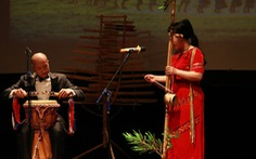 Khách Tây mắt tròn mắt dẹt vì nhạc cụ tre nứa Việt Nam