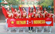 Cô trò trường mầm non 'nhuộm đỏ' sân trường cổ vũ U22 Việt Nam