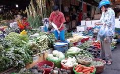 Hết tết rồi, rau củ Sài Gòn vẫn giá tết, có thứ gấp đôi ngày thường
