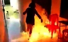 Tưới xăng đốt chết vợ vì vợ không cho tiền khám bệnh