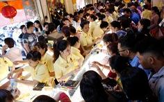 TP.HCM: người mua vàng đông nhưng lượng hàng dồi dào, giá ổn định