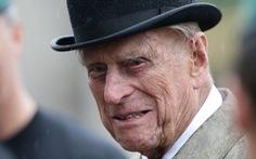 Miễn truy tố phu quân 97 tuổi của Nữ hoàng Anh sau khi gây tai nạn