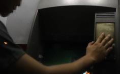 Bắt nhân viên tiếp quỹ ngân hàng trộm 6 tỉ tại các cây ATM