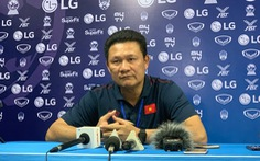 HLV Nguyễn Quốc Tuấn: 'Tôi không quan tâm trọng tài'