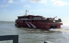 Khắc phục xong sự cố, Côn Đảo Express 36 đưa khách ra Côn Đảo
