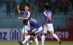 Video cú sút xa cực mạnh ghi bàn của Duy Mạnh cho CLB Hà Nội