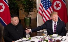 Tổng thống Trump: 'Vinh dự khi ở cạnh Chủ tịch Kim tại Hà Nội'