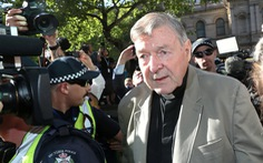 Cựu lãnh đạo Vatican bị tạm giam vì tội ấu dâm