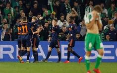 Joaquin ghi bàn từ chấm phạt góc, Real Betis vẫn bị cầm chân
