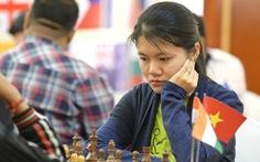 Thảo Nguyên bỏ xa kỳ thủ hạng 12 nữ thế giới