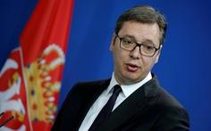 Người biểu tình xông vào đài truyền hình, tổng thống Serbia lên tiếng