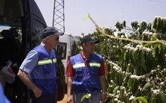 Golf thủ Greg Norman thăm vùng cà phê CADA tỉnh Đắk Lắk