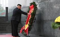 Chủ tịch Kim Jong Un viếng Chủ tịch Hồ Chí Minh trước khi về nước