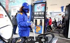 Xăng RON95 giảm gần 600 đồng/lít sau 3 lần tăng sốc