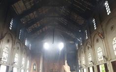 Cháy nhà thờ rộng hàng trăm mét vuông ở Hà Tĩnh