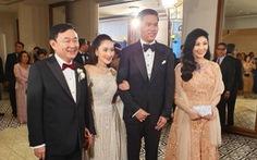 Cựu thủ tướng Thái Lan Thaksin và em gái xuất hiện tại Hong Kong