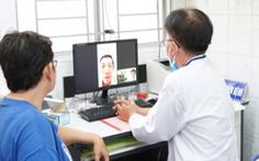 Bác sĩ tuyến trên hội chẩn qua ứng dụng y tế