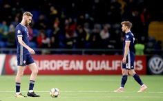 Scotland thảm bại trước đối thủ kém họ 77 bậc trên bảng xếp hạng FIFA