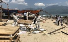 Tháo dỡ lều quán trái phép ở ghềnh đá nổi tiếng Đà Nẵng