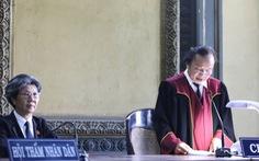Vụ ly hôn ông chủ Trung Nguyên: Tòa gửi bản án và thông báo đọc nhầm án phí