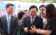 Bộ trưởng Phùng Xuân Nhạ: Đừng biến sinh viên thành... robot