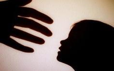 Bộ GD-ĐT yêu cầu xác minh vụ thầy giáo bị tố dâm ô 15 nữ sinh