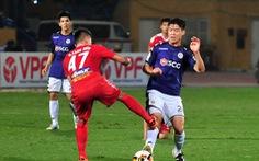 Những pha bạo lực khiến V-League rúng động