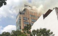 Cháy nhà hàng trung tâm TP.HCM, nghi do hàn xì