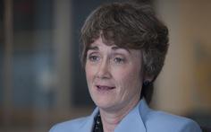 Bộ trưởng Không quân Mỹ, giám đốc truyền thông Nhà Trắng cùng từ chức