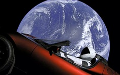 SpaceX hoãn phóng vệ tinh thương mại đầu tiên vì gió to