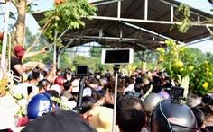 Chen lấn, livestream náo loạn tại lễ an táng nghệ sĩ Anh Vũ