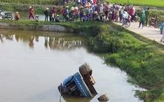 Xe tải bị tuột dốc, 2 thiếu niên tử vong