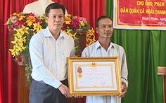 Truy tặng Huân chương Dũng cảm cho dân quân đuối nước vì vớt bèo cứu cầu