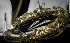 Cháy Nhà thờ Đức Bà Paris: cứu được một số tác phẩm nghệ thuật, cổ vật vô giá
