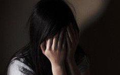 Khởi tố gã đàn ông xâm hại con gái người tình