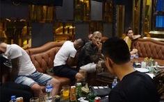 120 cán bộ chiến sĩ công an ập vào 5 quán karaoke, khách sạn truy tìm ma túy