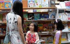 Xây dựng thói quen đọc từ trong gia đình
