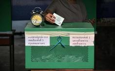 Thái Lan cho bỏ phiếu và kiểm phiếu lại ở một số điểm