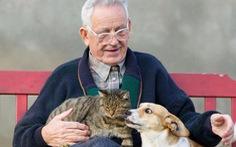 Thú cưng giúp người lớn tuổi cải thiện sức khỏe