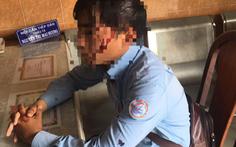 Nhân viên đi ghi chỉ số nước bị chó cắn, lại bị chủ chó đánh bể đầu