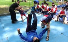 Giúp trẻ kỹ năng để tự phòng vệ